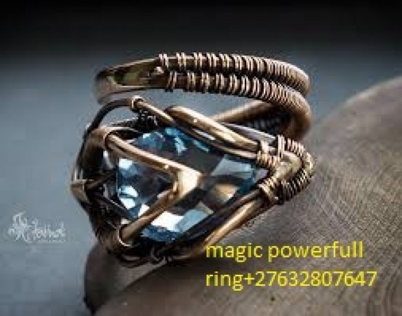 at-carletonville-magic-ring-27632807647-psychic-readingslost-love-spells-in-marikanawestonarianortham-big-0