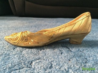 Brand New Traditional Indian Women's Shoes (Gold) - UK Size 5