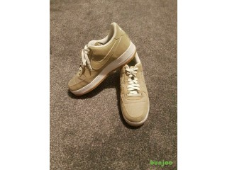 Air Force 1 Low Khaki SIZE 8 UK GOOD CONDITION