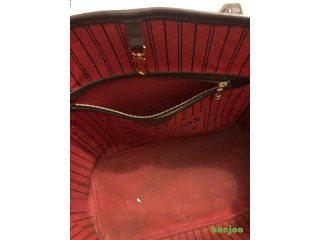 Louis Vuitton Medium Hand bag