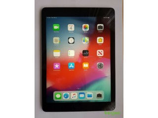 Ipad Air First Gen, 16GB, wifi only, Excellent Condition