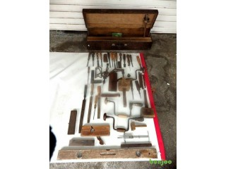 LARGE COLLECTION OF ANTIQUE CARPENTERS TOOLS BAILEY PLANE NO 8... ETC FOR AHOSPITAL NURSES FUND