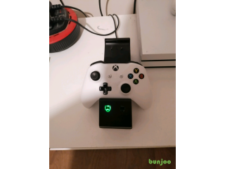 Xbox one charging Dock