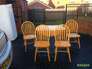 Sokid pinewood dining room table and 4 chairs £75