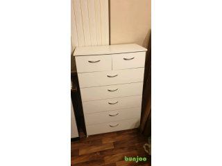 Set of drawers white