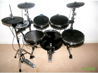 Traps EX500 , EX 500 Electronic Drum Kit , Pads , Cymbals , Hi-Hat , Pedal , New Mesh Heads.