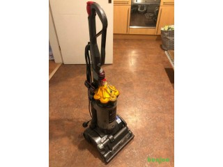 Dyson DC27 bagless vacuum cleaner