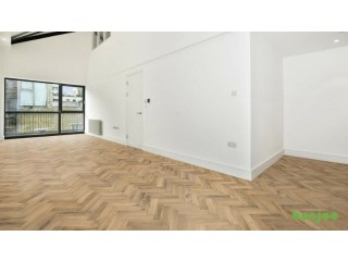 Rustique Parquet Unfinished Solid Oak at £25.00/m2 inc VAT Over 1000m2 in Stock