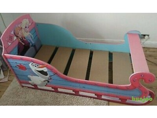 Toddler Frozen Sleigh Bed