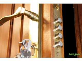 Most Reliable 24/7 Locksmith in Barnet – No CALL-OUT Charges!