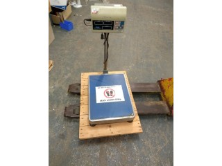Adam weighing Equipment