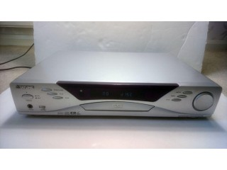 Sliver Tatung DVD Player Model TDV5100 + Remote Control+ cables+ 8 Music CD