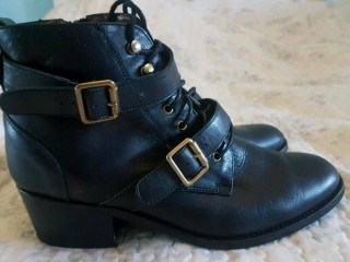 Office leather ladies shoes size 7