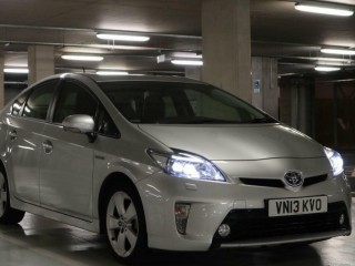 "2013 ""13"" Toyota Prius Hybrid T Spirit top of the range UK Model 71k miles full service history"
