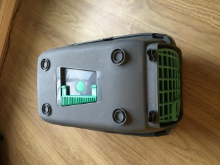 Cat carrier good condition £6