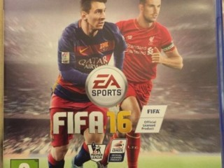 PS4 Fifa 2016 and 2017 PlayStation video game both like new
