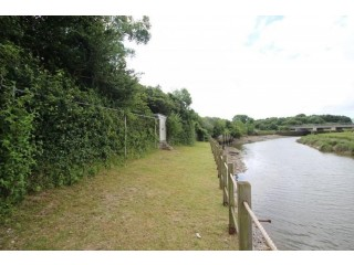 80 foot long secluded mooring for sale with mooring and fishing rights on the River Ouse.