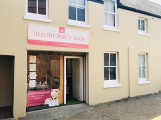 Commercial room to rent in salon - Bexhill, East Sussex