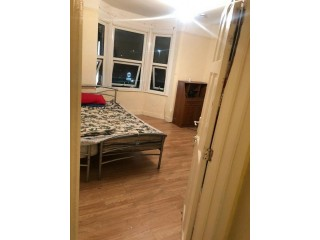 Large Double room for rent ALL BILL INC in Reading