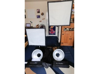 Interfit Super Cool Lite 5 – 2 Softboxes, 2 domes Lights with Diffusers