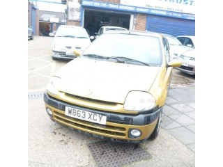 Renault Clio S 3-Door yellow 2000