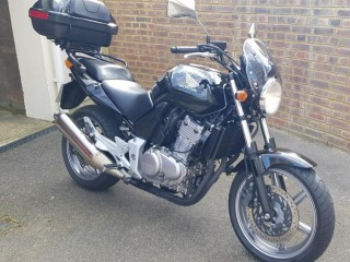 Honda CBF 2005 - EASY TO DRIVE