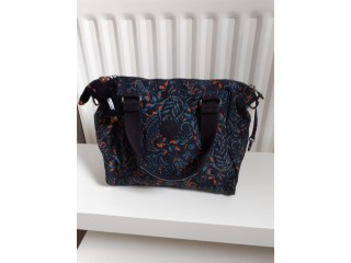 Kipling bag with monkey