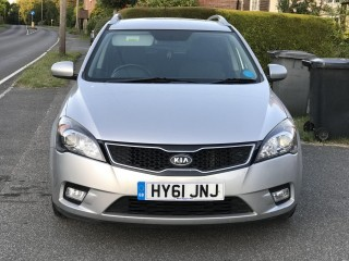 2011 KIA CEED ESTATE 1.6 DIESEL - AUTOMATIC - 72,000 MILEAGE - FULL SERVICE HISTORY - 12 MONTHS MOT