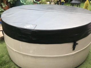 CANADIAN SPA SWIFT CURRENT RIDGID HOT TUB not inflatable