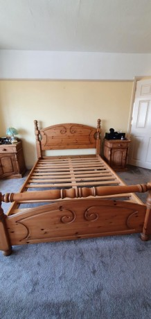 solid-pine-double-bed-big-0