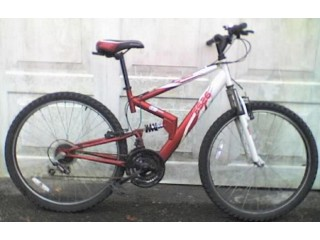 Apollo FS.26 (Full Suss) White / Red Shimano 18 Speed Mountain Bicycle