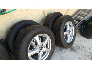 Alloy wheels and tyres 17 inch 2 new tyres 2 used no damage or repairs or scracths