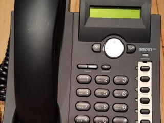 Snom 300 VoIP SIP PoE Phone Telephone Black Excellent condition (5 Available)