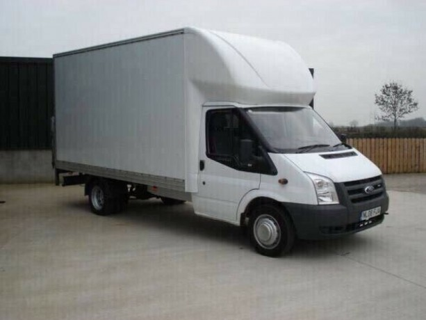 cheap-man-with-van-hire-moving-company-moped-bike-delivery-full-house-movers-nationwide-removals-romford-london-big-0