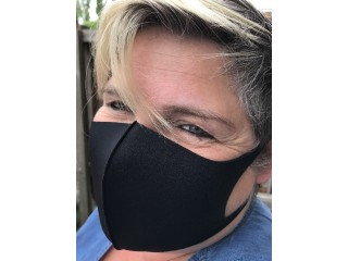 Washable and Resuseable Polyester Facemask (black)