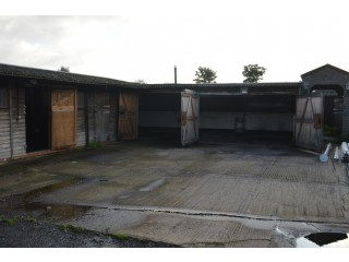 Car Mechanic Workshop For Rent In West Sussex With Contracted Work Included For Tenant