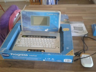 VTECH PROGRESS LAPTOP WITH 40 ACTIVITIES, AGE 4+ BOXED WITH INSTRUCTIONS, GOOD CONDITION. £10.