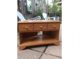 Pine TV cupboard with 3 drawers
