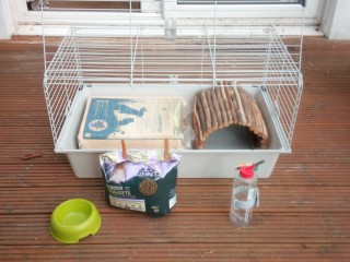 Rabbit or Guinea pig cage with accessories £20