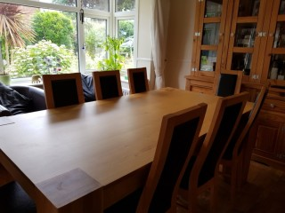 Oak table and 8 chairs