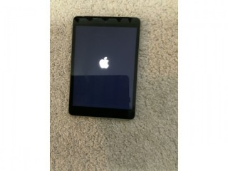 IPad mini 2 grey WiFi. Cellular unlocked charger included good condition 16gb only £100