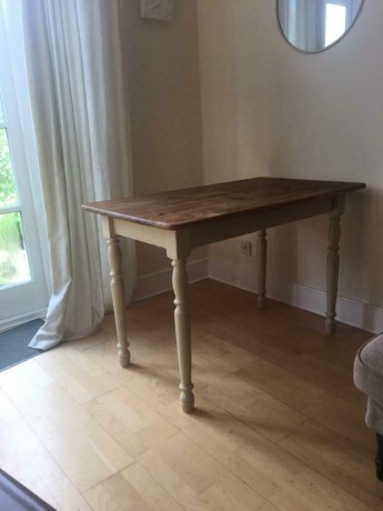 beautiful-kitchen-table-available-now-putney-london-big-0