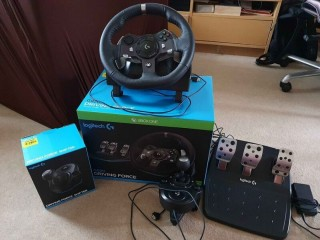 Logitech G920 Driving Force Steering Wheel, Pedals And Shifter and X rocker chair