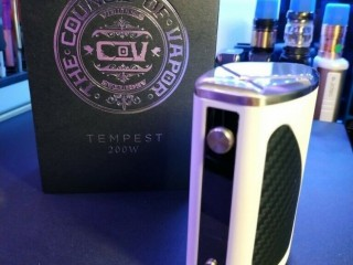 COV Council of Vapor Tempest 200W Box Mod in White/Carbon Vape vaping vaporiser. Wandsworth, London