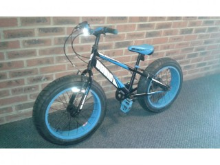 Boys Blue frame MASSIVE WIDE 20INCH WHEELS bike 6 speed for 9years plus