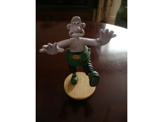 Wallace Figurine