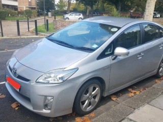 Toyota Prius full optional 2010