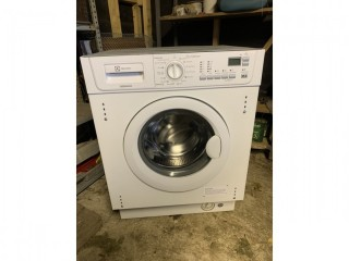 Electrolux integrated washing machine