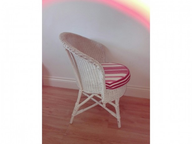 white-painted-wicker-chair-big-1
