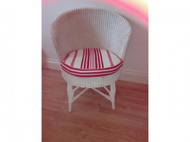 white-painted-wicker-chair-big-0